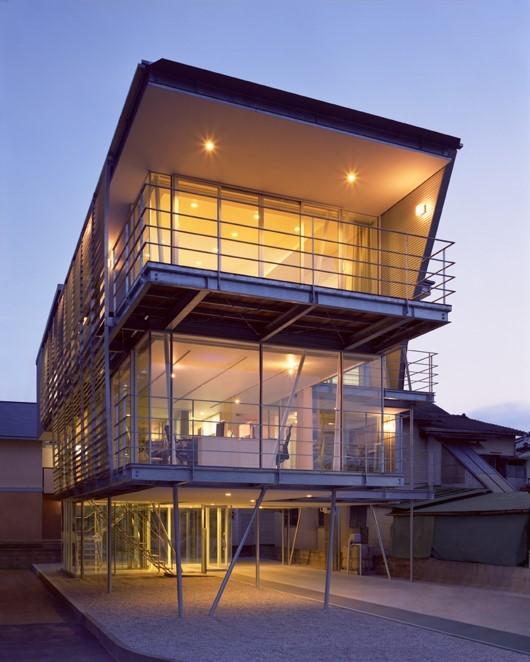 2011年度 グッドデザイン賞 極小コラム構造 「筒井の家」(写真:石井 紀久氏)